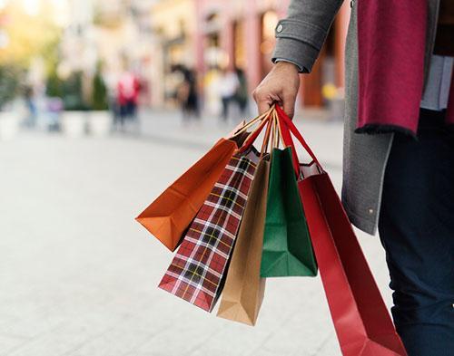 Man shopping 1